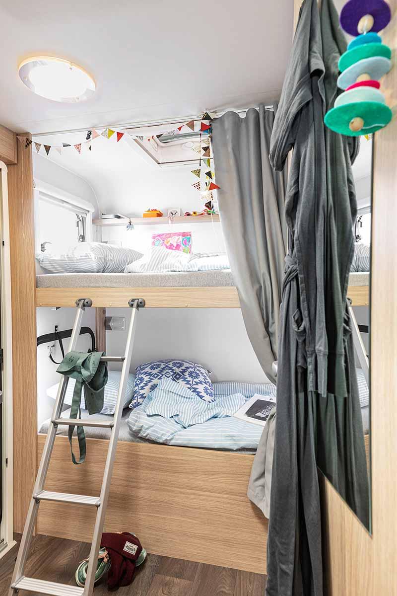 McRent Family Plus camper